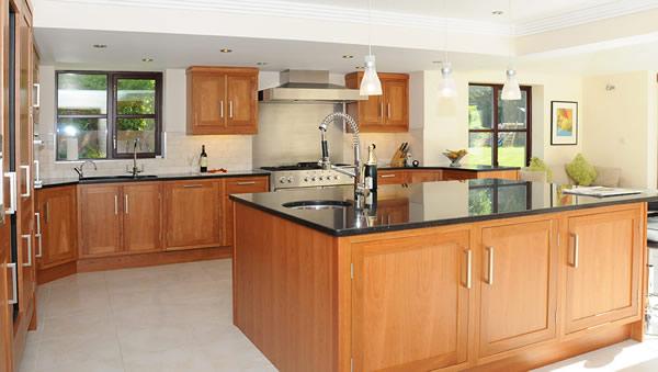Ilot de de cuisine 30 id es tonnantes pour les petites for Cuisine moderne en bois 2014