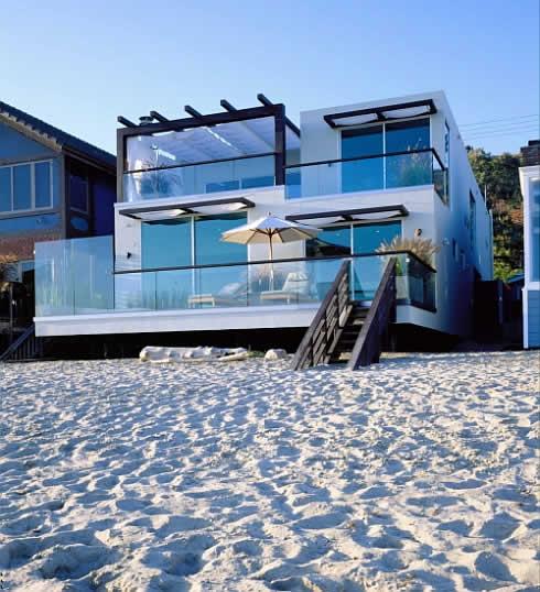 Une maison au bord de la plage à Malibu - Moderne House  1001 photos ...