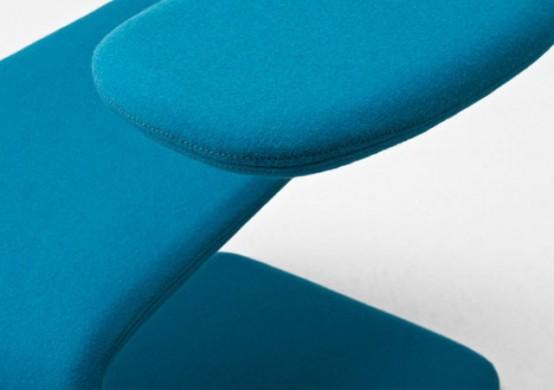 Une chaise flexible et design la chaise sissi moderne - Ne jetez plus vos clic clacs changez leurs housses ...
