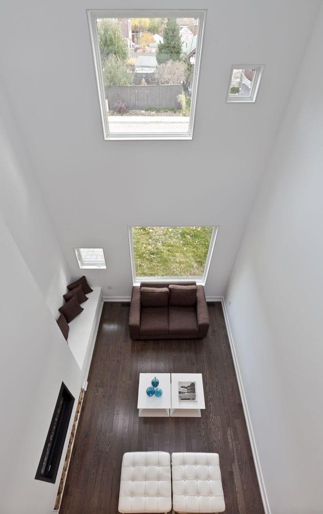 Canada la maison charcoal par l 39 atelier rzlbd moderne - Maison moderne toronto par studio junction ...