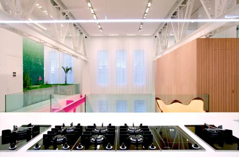 Incroyable un gymnase r nov en loft moderne moderne house - La maison ah au bresil par le studio guilherme torres ...