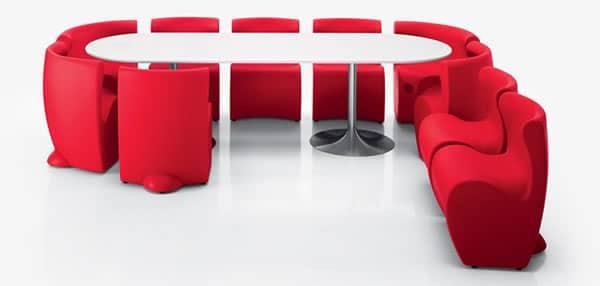 table et chaise myyour de couleur rouge