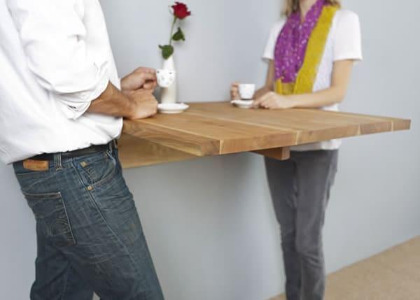La table murale par mashstudios moderne house 1001 - Ne jetez plus vos clic clacs changez leurs housses ...