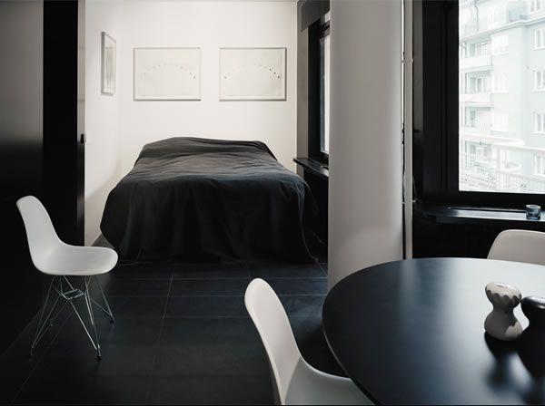 Appartement avec une décoration noire/sombre 1