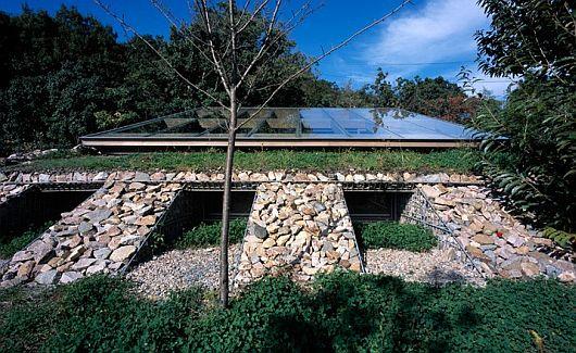 Maison dans la vallée au Japon 2