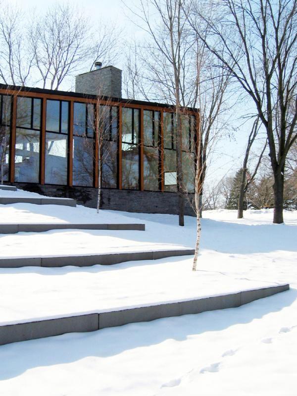 10 id es originales pour faire une t te de lit en palette - La residence farquar lake de altus architecture design ...