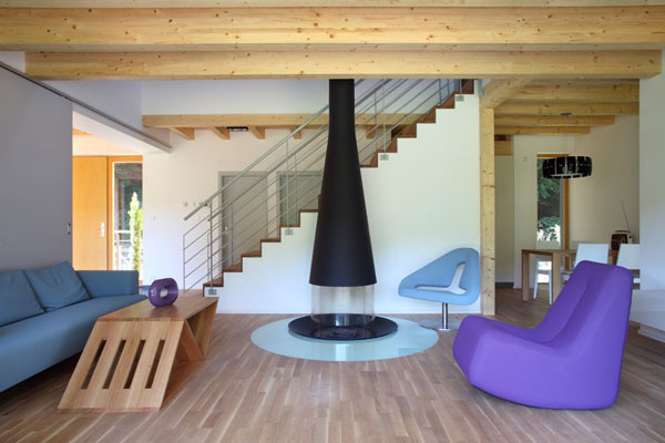 R publique tch que une maison moderne en bois par prodesi for Deco interieur en bois