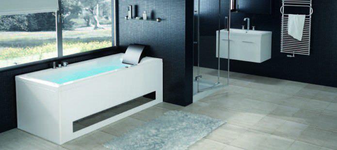 Comment choisir la baignoire parfaite pour sa salle de bain for Salle de bain baignoire moderne