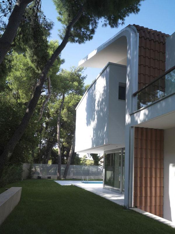 Gr ce une maison contemporaine blanche ekali - Fascinante maison contemporaine blanche ekali en grece ...