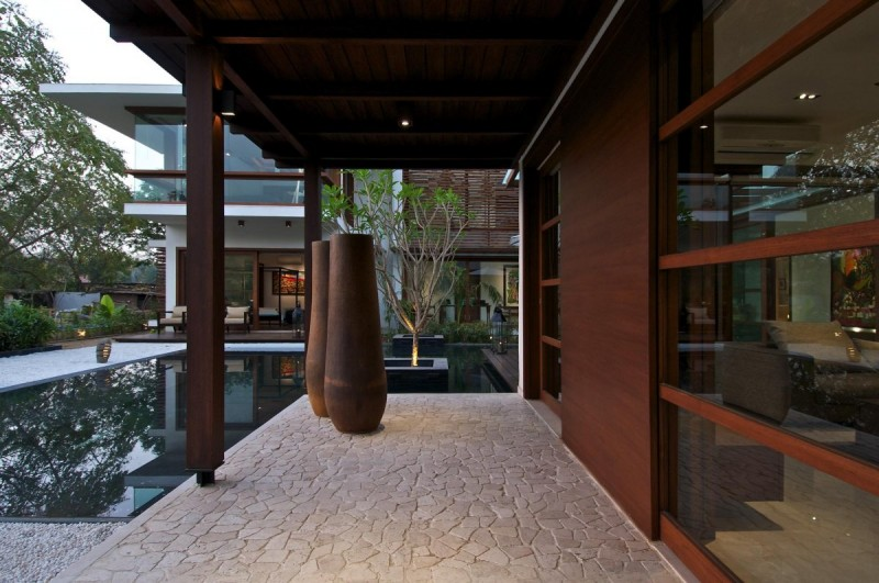 La contemporaine Courtyard House 4