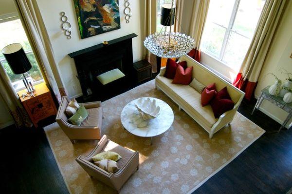 Grand salon confortable 3