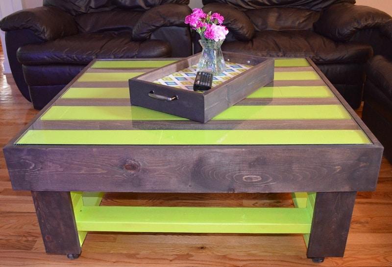 Table basse en palette 50 id es originales for Peinture table basse