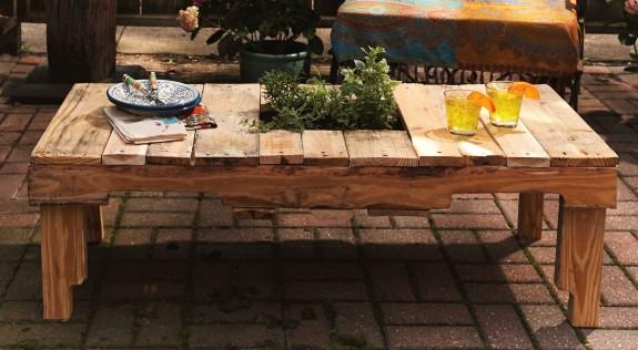 Table basse en palette 50 id es originales - Fabrication table basse en palette ...