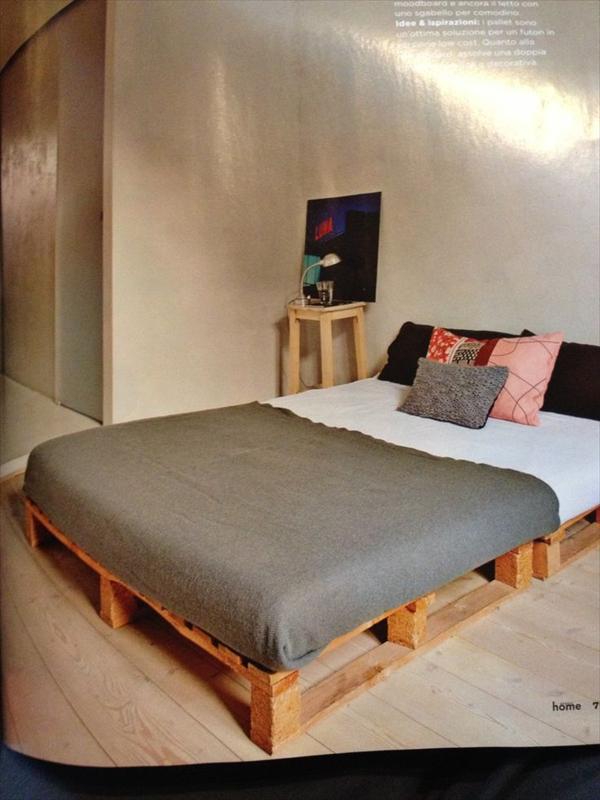 Lit en palette 20 id es qui vont vous faire craquer - Comment fabriquer un lit en palette ...