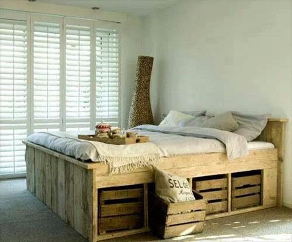 Lit En Palette De Bois Avec Lumiere : Pallet Bed Frame with Storage
