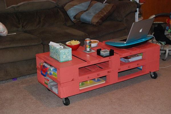 table basse en palette rouge