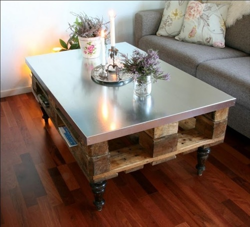 Table basse en palette 50 id es originales - Table salon en palette ...