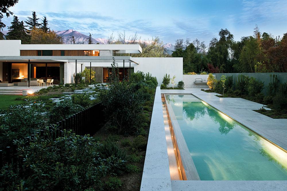 Chili la villa fray leon par 57 studio moderne house - La demeure moderne gb house par mmeb architects ...