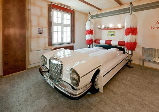 chambre-hotel-fan-voiture-2
