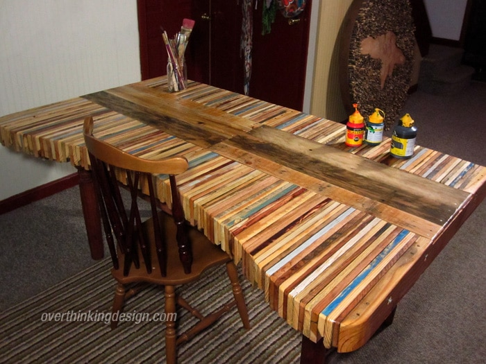 Table en palette 25 id es pour fabriquer votre table for Peindre une palette