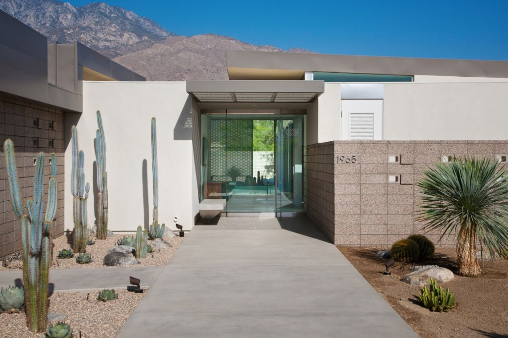 House-in-Palm-Springs-09-1150x766
