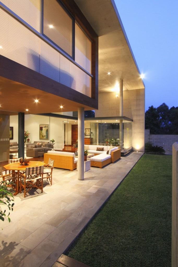 S-House-13-1133x1700
