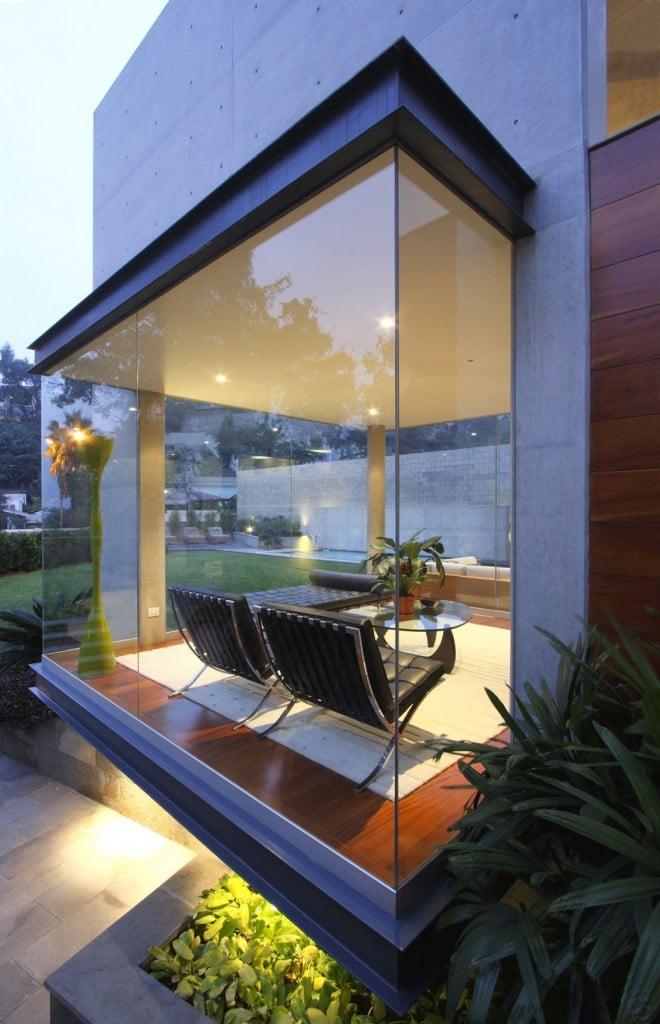 S-House-19-1096x1700