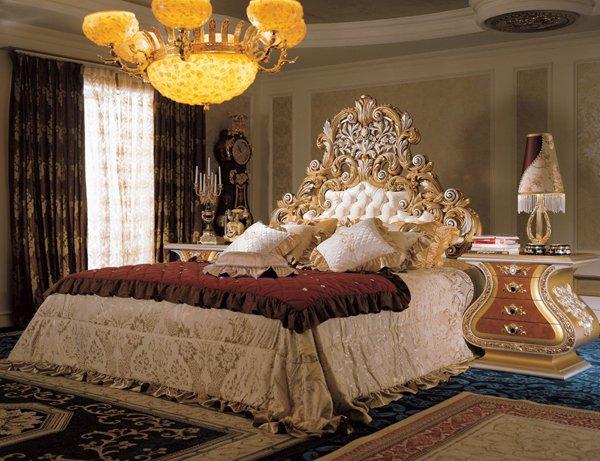 chambre baroque lustre et accessoires luxueux