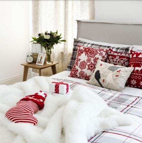 idee-decoration-chambre-noel-1