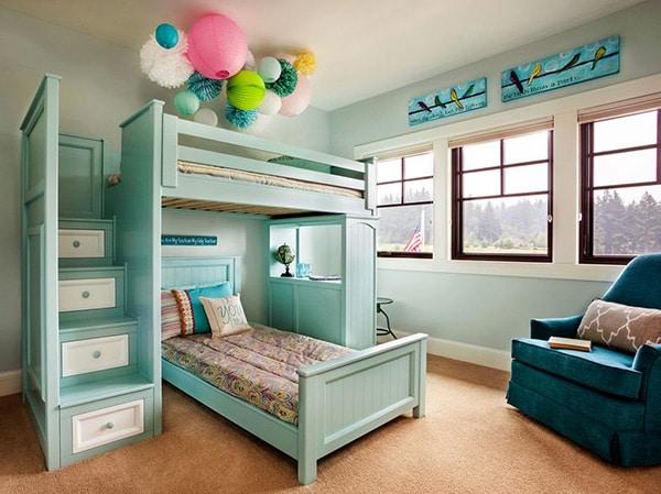 chambre avec mobilier turquoise