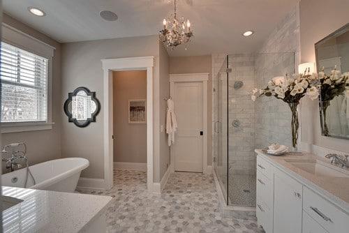 Quelques astuces pour bien choisir les couleurs de sa for Couleur salle de bain carrelage gris