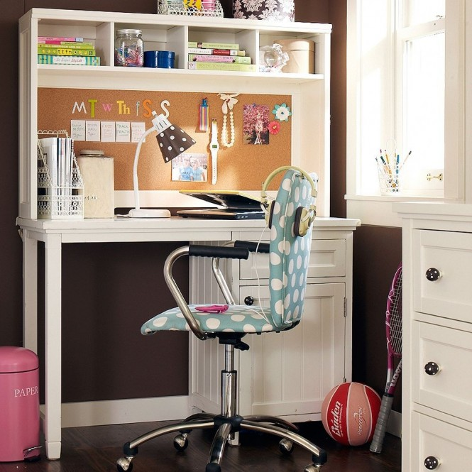 des id es de bureau pour tous les adolescents gar on et. Black Bedroom Furniture Sets. Home Design Ideas