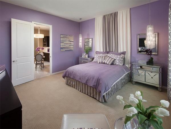 chambre violette feminine