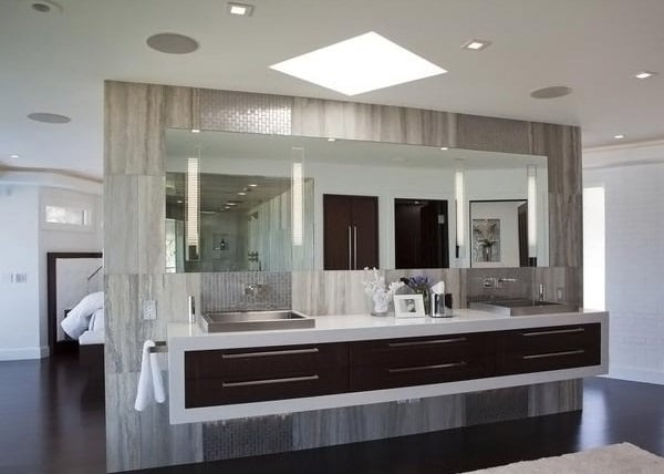 Idée salle de bain grise grand luxe