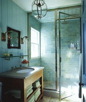 11 id es et conseils pour faire para tre une petite salle for Idee carrelage pour petite salle de bain