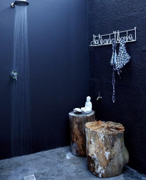idee-salle-de-bain-noire-14