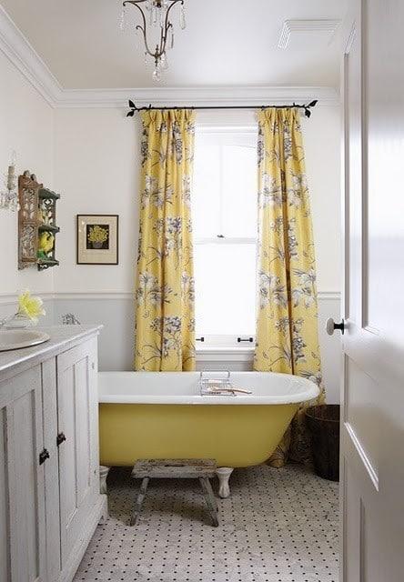 salle-de-bains-jaune-24
