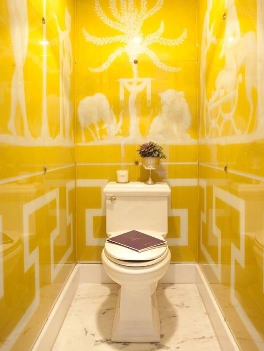Salle de bains jaune 64 id es qui vont vous faire craquer for Carrelage jaune salle de bain