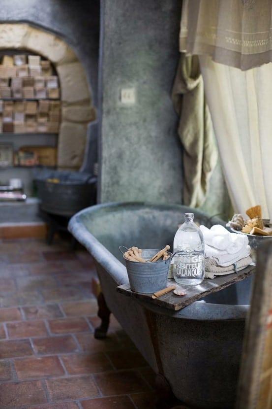 salle de bains en pierre 35 mod les en marbre granit basalte et quartzite. Black Bedroom Furniture Sets. Home Design Ideas