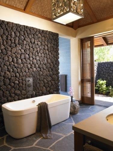 Salle de bains en pierre 35 mod les en marbre granit - Salle de bain avec pierre de parement ...