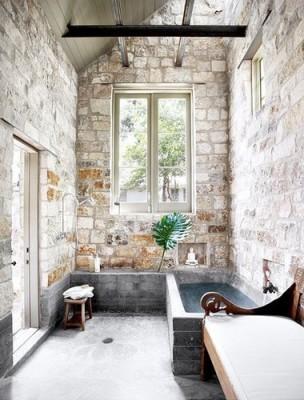 salle-de-bains-pierre-brute-3