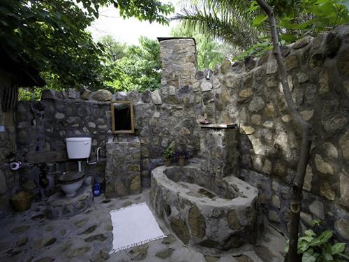 salle-de-bains-pierre-brute-36