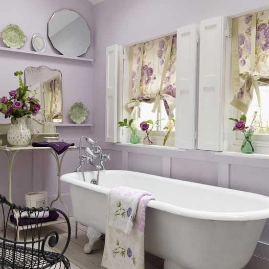 salle de bains violette 57 id es pour vous convaincre. Black Bedroom Furniture Sets. Home Design Ideas