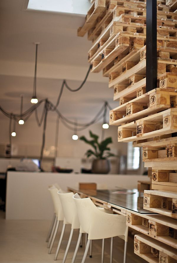 Am nagement d 39 un bureau en palettes amsterdam moderne for Bureau palette