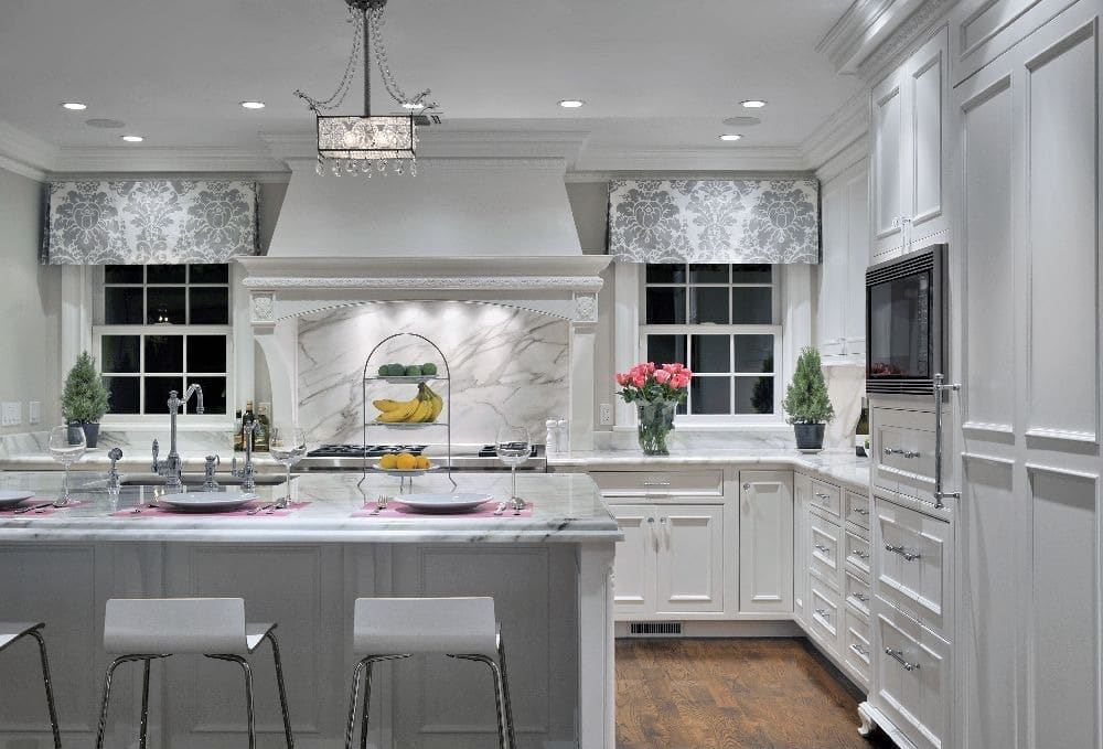 cuisine blanche 36 id es de luxe pour une cuisine design. Black Bedroom Furniture Sets. Home Design Ideas