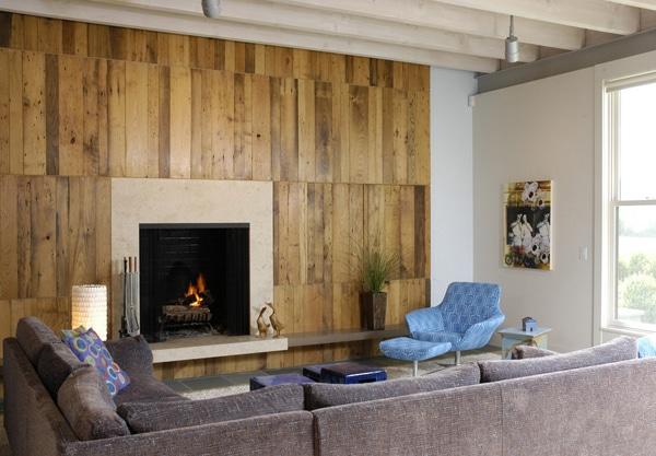 salon moderne avec palettes et cheminées