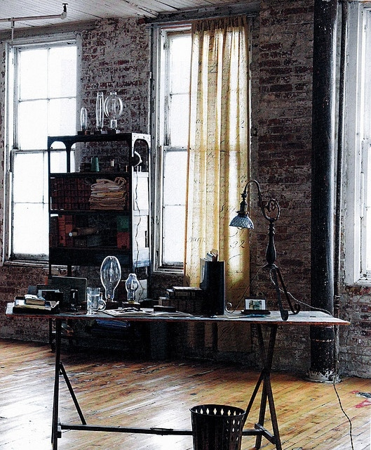 Bureau de style industriel 23 id es et conseils d 39 am nagement for Bureau style industriel