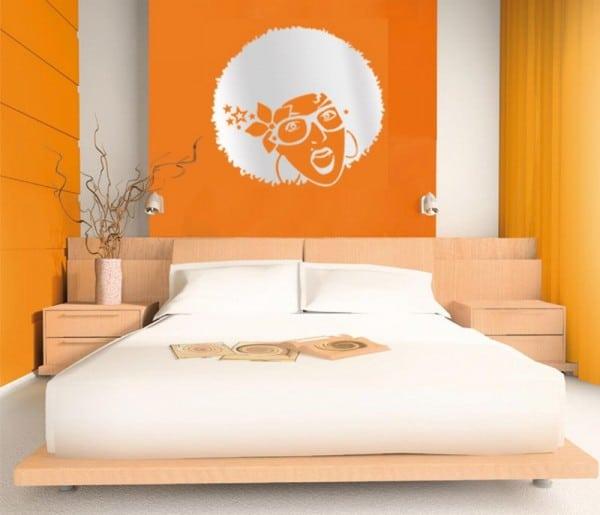 Chambre orange 15 exemples pour distiller chaleur et intimit moderne house 1001 photos for Chambre mansardee chaleur