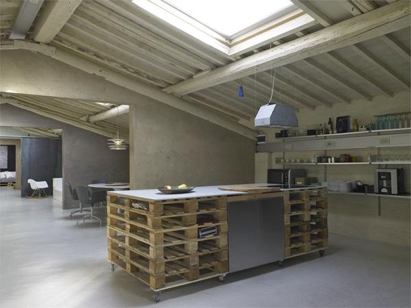 loft-moderne-deco-palettes-1