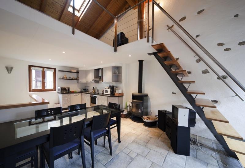 Am nagement sous l 39 escalier 60 id es de cuisines - Decoration wc sous escalier ...